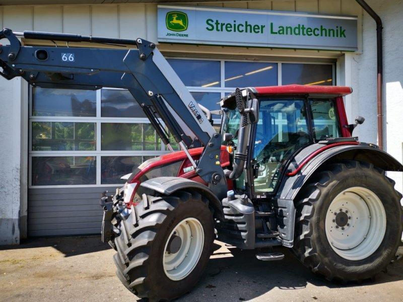 Valtra N 123 Traktor