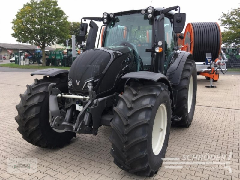 Traktor des Typs Valtra N 134 A, Gebrauchtmaschine in Leizen (Bild 1)