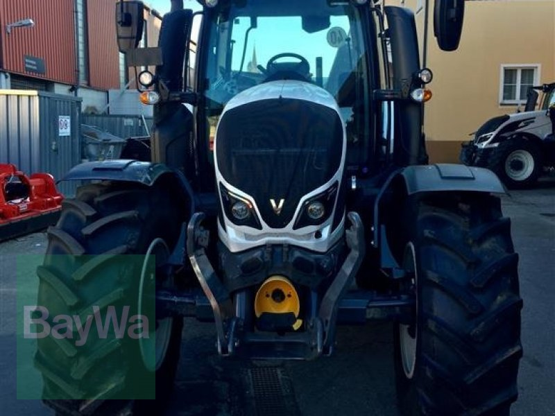 Traktor des Typs Valtra N 134 MR18, Gebrauchtmaschine in Ellwangen (Bild 2)
