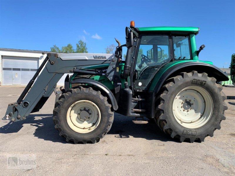 Traktor des Typs Valtra N 142 Direct, Gebrauchtmaschine in Quitzow (Bild 2)