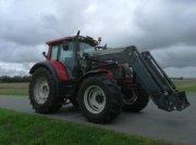Valtra N 142 Versu med frontlæsser Traktor