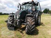 Valtra N 143 H3 Traktor
