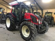 Valtra N 143 HITECH MEGET VELHOLDT Traktor