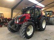 Valtra N 143 HITECH Traktor