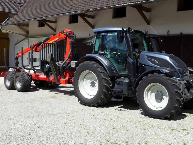 Traktor des Typs Valtra N 154 A, Gebrauchtmaschine in Vilsbiburg (Bild 1)