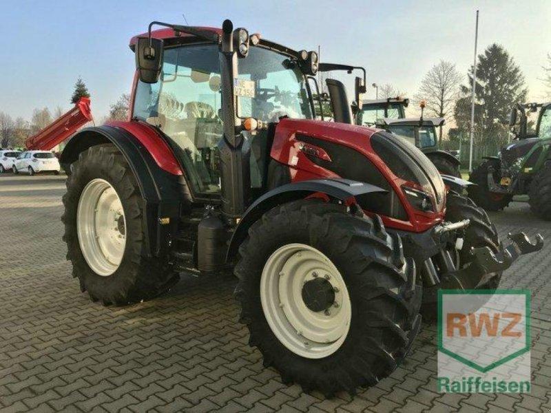 Traktor des Typs Valtra N 154 Active **Vorführmaschine**, Vorführmaschine in Rommerskirchen (Bild 1)