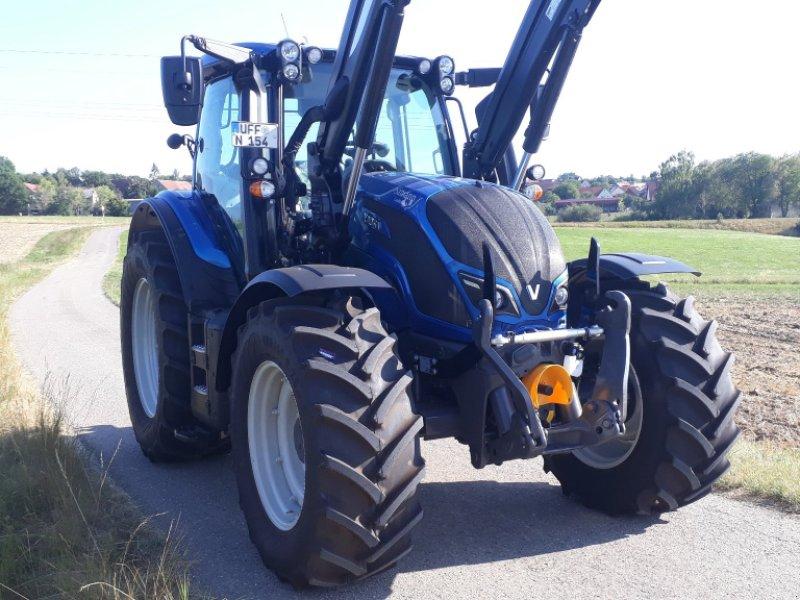 Traktor des Typs Valtra N 154 E V, Gebrauchtmaschine in Uffenheim (Bild 1)