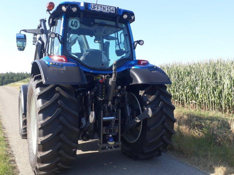 Traktor des Typs Valtra N 154 E V, Gebrauchtmaschine in Uffenheim (Bild 4)