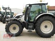 Traktor des Typs Valtra N 154e A 1B7, Neumaschine in Eggenfelden
