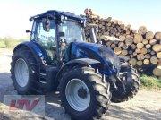 Traktor des Typs Valtra N 154e A 1C8 Forst, Neumaschine in Eggenfelden