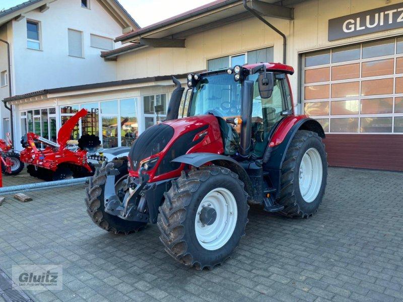 Traktor des Typs Valtra N 154e A, Gebrauchtmaschine in Gammertingen-Kettenacker (Bild 1)