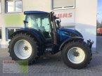 Traktor des Typs Valtra N 154E Active in Aurach