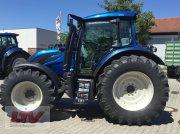 Traktor des Typs Valtra N 174 D 1C8, Neumaschine in Eggenfelden