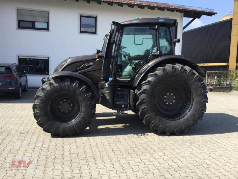Traktor des Typs Valtra N 174 D 1C8, Neumaschine in Eggenfelden (Bild 1)