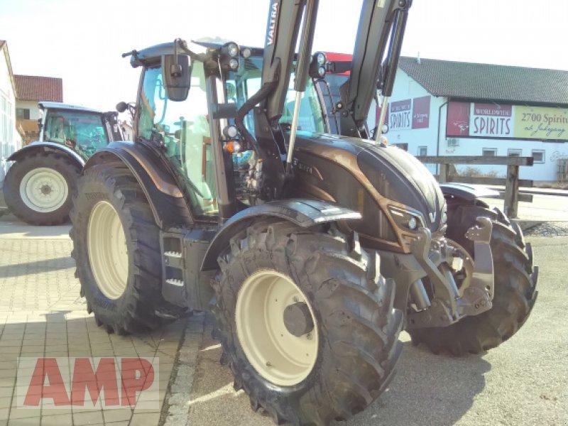 Traktor des Typs Valtra N 174 D, Neumaschine in Teising (Bild 2)
