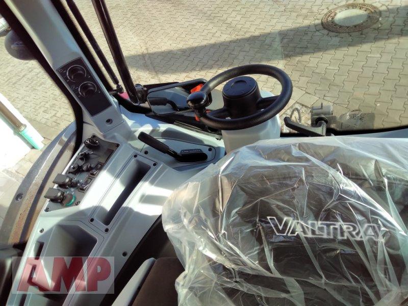 Traktor des Typs Valtra N 174 D, Neumaschine in Teising (Bild 5)
