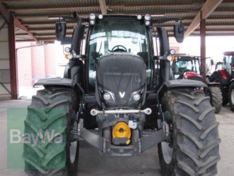Traktor des Typs Valtra N 174 Versu Smarttouch, Gebrauchtmaschine in Erbach (Bild 3)