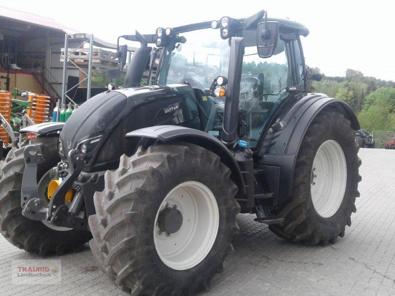 Traktor des Typs Valtra N 174D VF-Schlepper, Neumaschine in Mainburg/Wambach (Bild 4)
