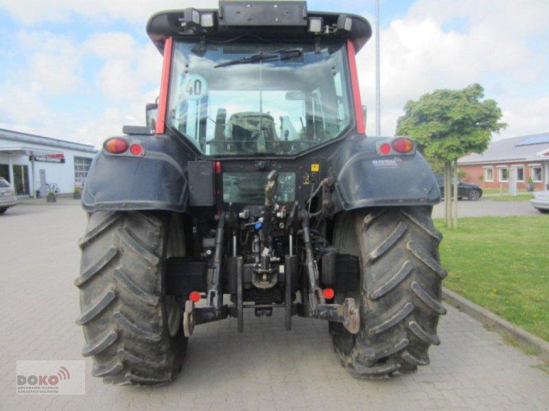 Traktor des Typs Valtra N101, Gebrauchtmaschine in Schoenberg (Bild 4)