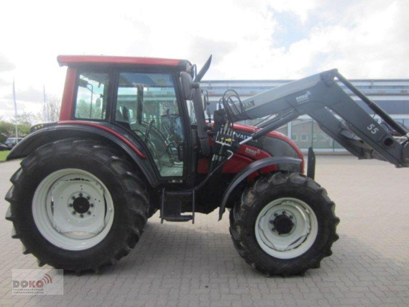 Traktor des Typs Valtra N101, Gebrauchtmaschine in Schoenberg (Bild 3)