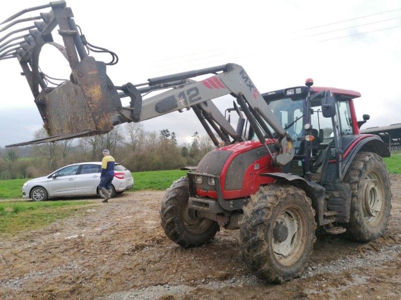 Traktor des Typs Valtra N101, Gebrauchtmaschine in Le Horps (Bild 1)