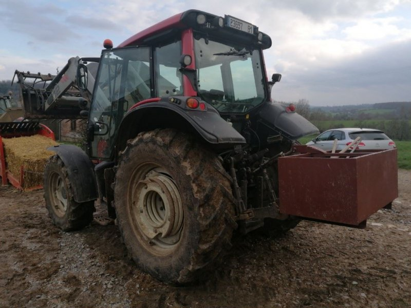 Traktor des Typs Valtra N101, Gebrauchtmaschine in Le Horps (Bild 6)