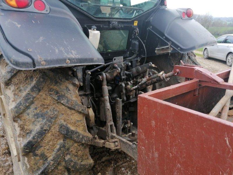 Traktor des Typs Valtra N101, Gebrauchtmaschine in Le Horps (Bild 8)