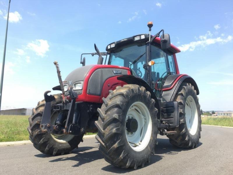 Traktor des Typs Valtra N101, Gebrauchtmaschine in L'ABSIE (Bild 1)