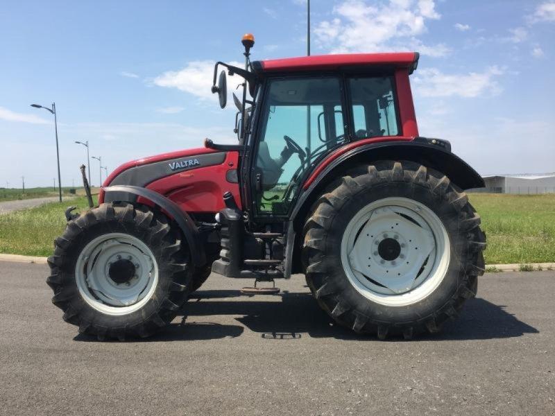 Traktor des Typs Valtra N101, Gebrauchtmaschine in L'ABSIE (Bild 9)
