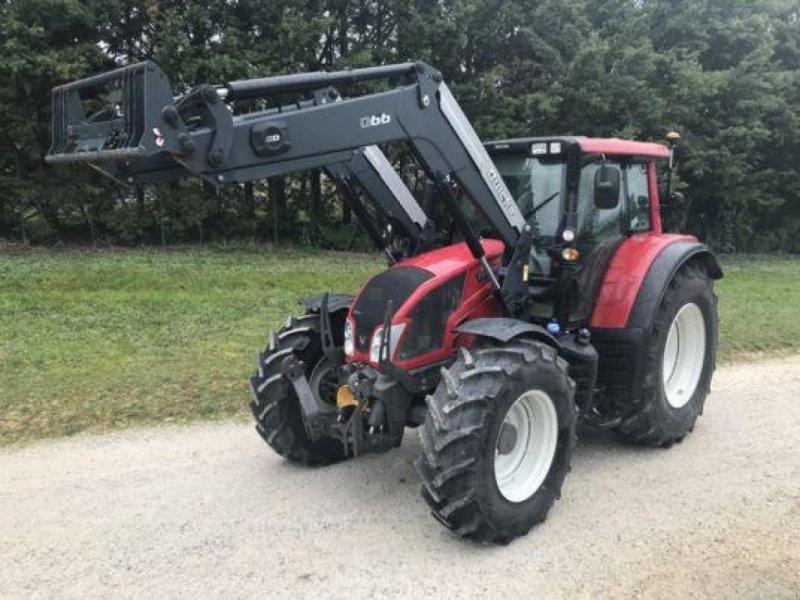 Traktor des Typs Valtra N123 Versu, Gebrauchtmaschine in MONFERRAN (Bild 1)