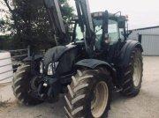 Valtra N123 Traktor