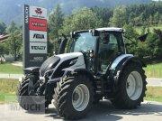 Traktor des Typs Valtra N134 Versu, Neumaschine in Eben