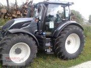 Traktor typu Valtra N134D mit Rüfa, Neumaschine w Mainburg/Wambach