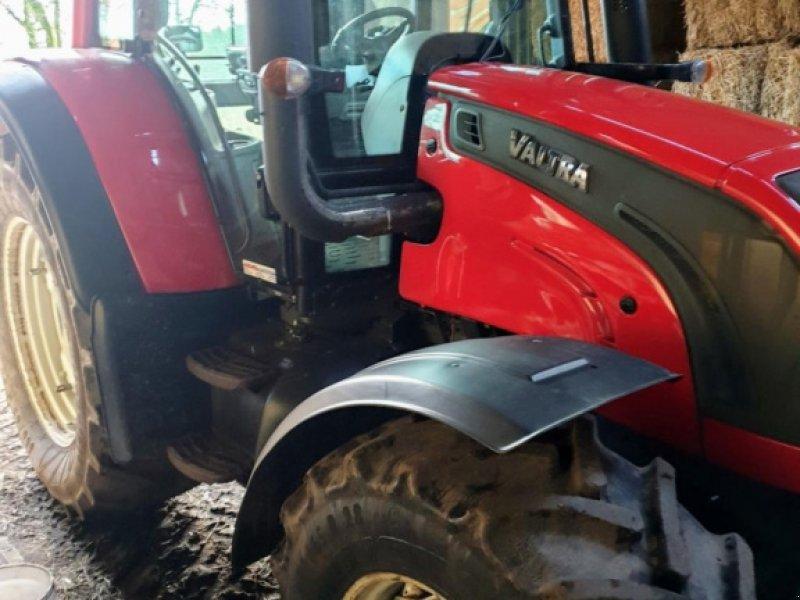 Traktor des Typs Valtra N142D, Gebrauchtmaschine in Herning (Bild 2)