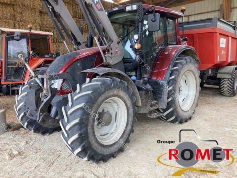 Traktor типа Valtra N143, Gebrauchtmaschine в Gennes sur glaize (Фотография 1)