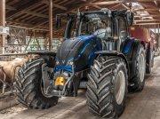 Traktor of the type Valtra N154, Gebrauchtmaschine in Oxfordshire