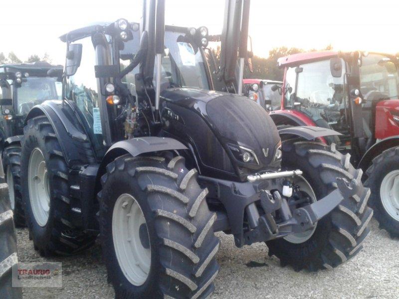 Traktor des Typs Valtra N154d mit Frontlader, Neumaschine in Mainburg/Wambach (Bild 15)