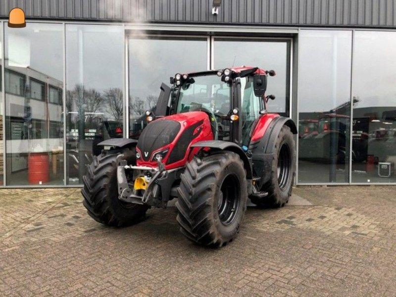 Traktor typu Valtra N154D, Gebrauchtmaschine w Zoetermeer (Zdjęcie 1)