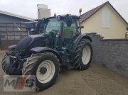 Valtra N174 Traktor