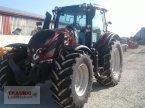 Traktor a típus Valtra N174A mit Rüfa ekkor: Mainburg/Wambach