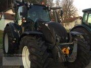 Valtra N174A Vorführer Traktor