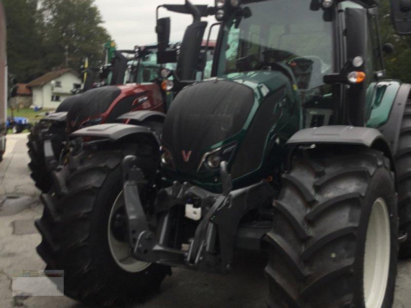 Traktor des Typs Valtra N174D Smart Touch, Neumaschine in Fürsteneck (Bild 3)