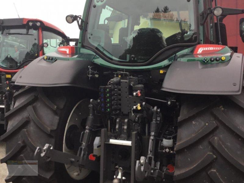 Traktor des Typs Valtra N174D Smart Touch, Neumaschine in Fürsteneck (Bild 5)