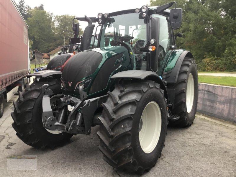 Traktor des Typs Valtra N174D Smart Touch, Neumaschine in Fürsteneck (Bild 2)
