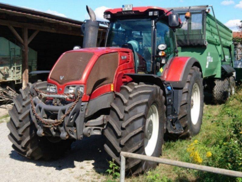 Traktor des Typs Valtra S 353, Gebrauchtmaschine in Obersfeld (Bild 1)