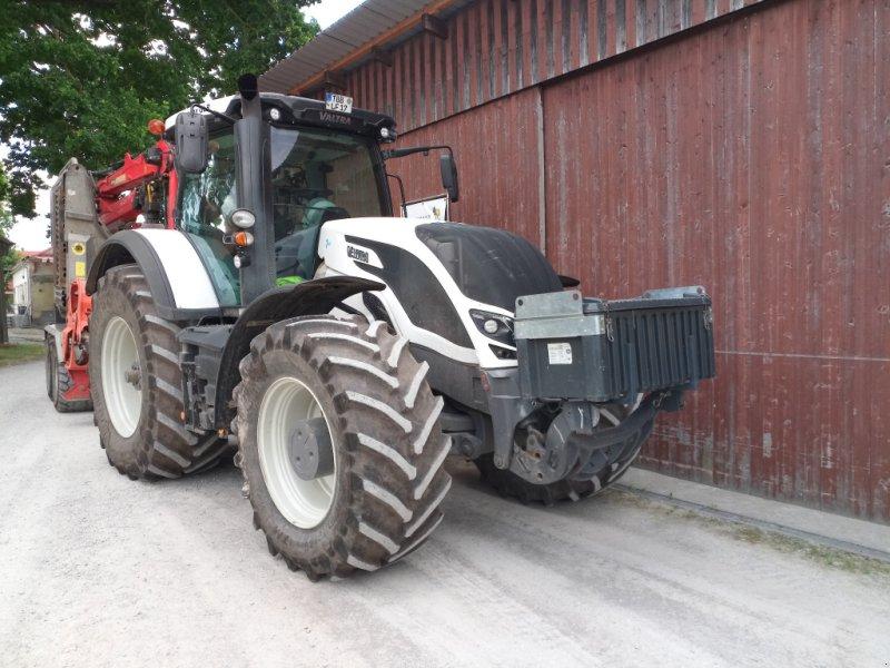 Traktor типа Valtra S 374, Gebrauchtmaschine в Creglingen (Фотография 4)