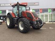 Valtra S233 Traktor