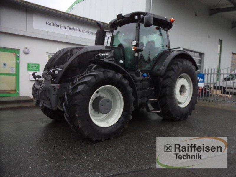 Traktor des Typs Valtra S354, Gebrauchtmaschine in Eckernförde (Bild 1)