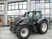 Valtra Schlepper / Traktor T154A Traktor