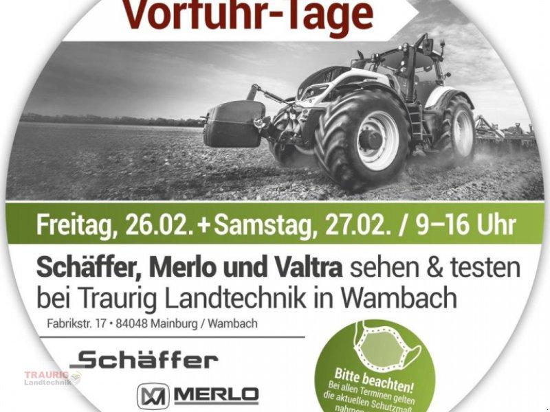 Traktor des Typs Valtra Sehen/Fahren/Testen, Neumaschine in Mainburg/Wambach (Bild 1)